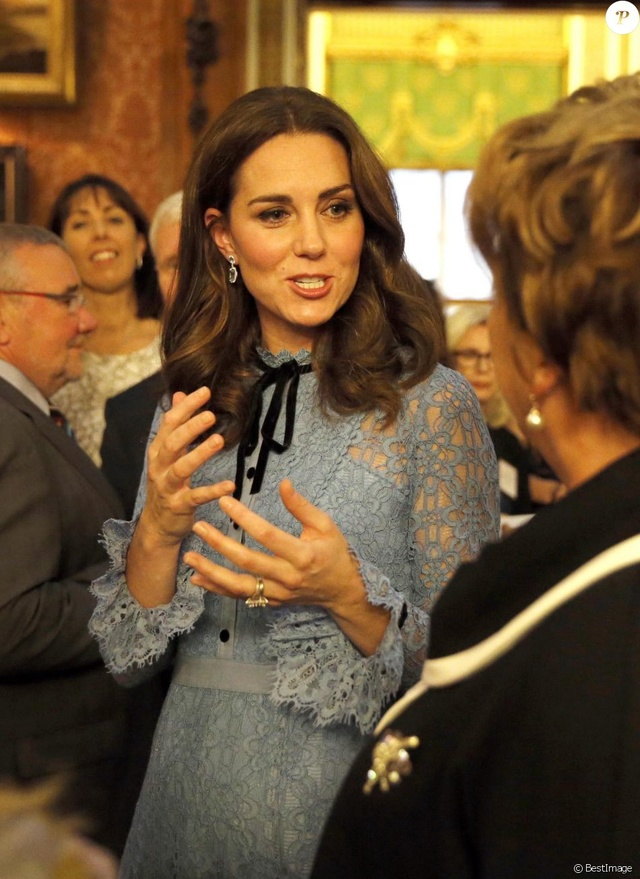 Kate Middleton  35848310