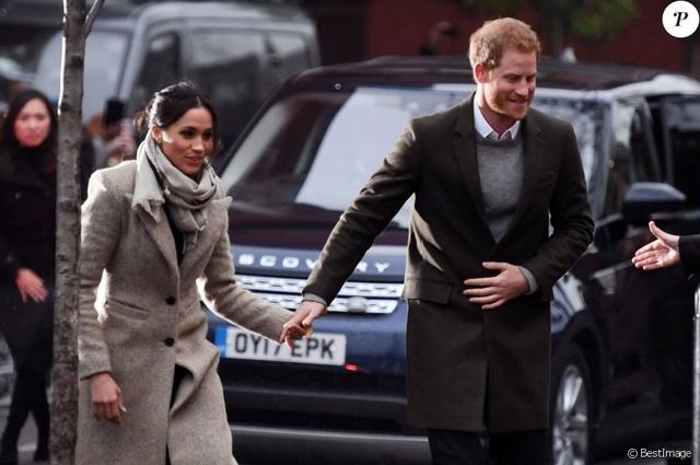 Prince Harry & Meghan Markle  37792510