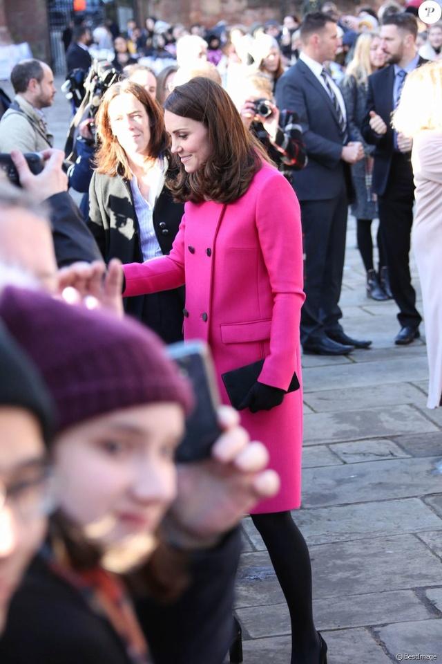 Kate Middleton  37943110