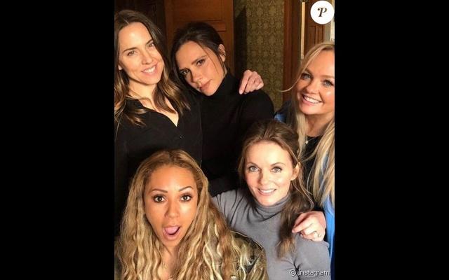 Spice Girls 38417611