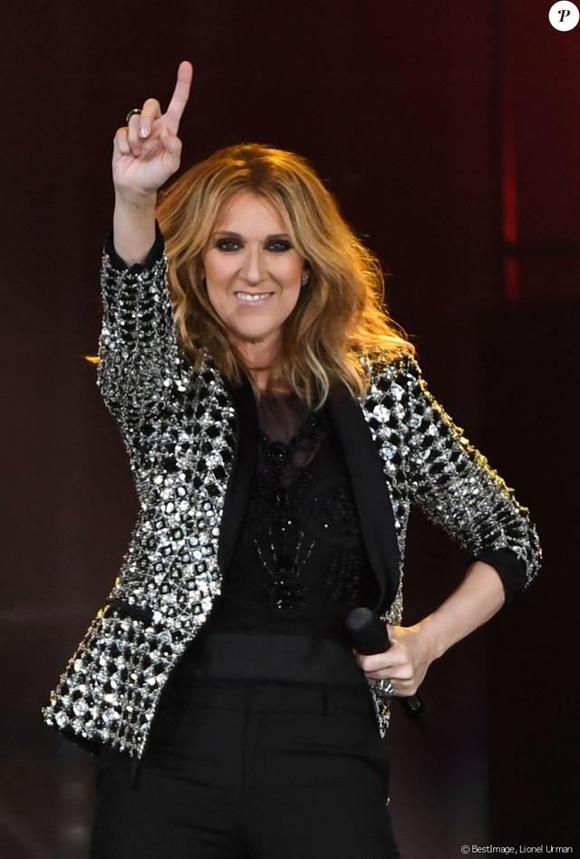 Céline Dion 38690010