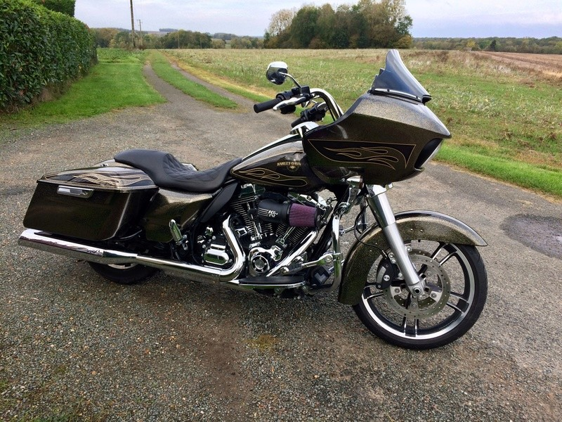 Info perso. Road glide en perspective  - Page 4 F86ab410