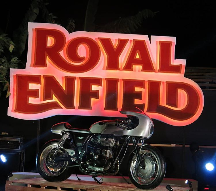 Royal Enfield bicylindre .... Royal_10