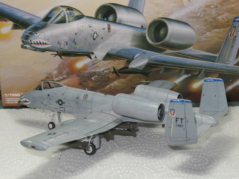 [Academy] A-10A Iraqi freedom 1/72 Img_2852