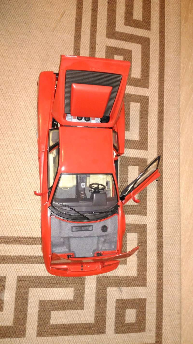 Pocher Ferrari 1:8 Testarossa K51 Img_2103