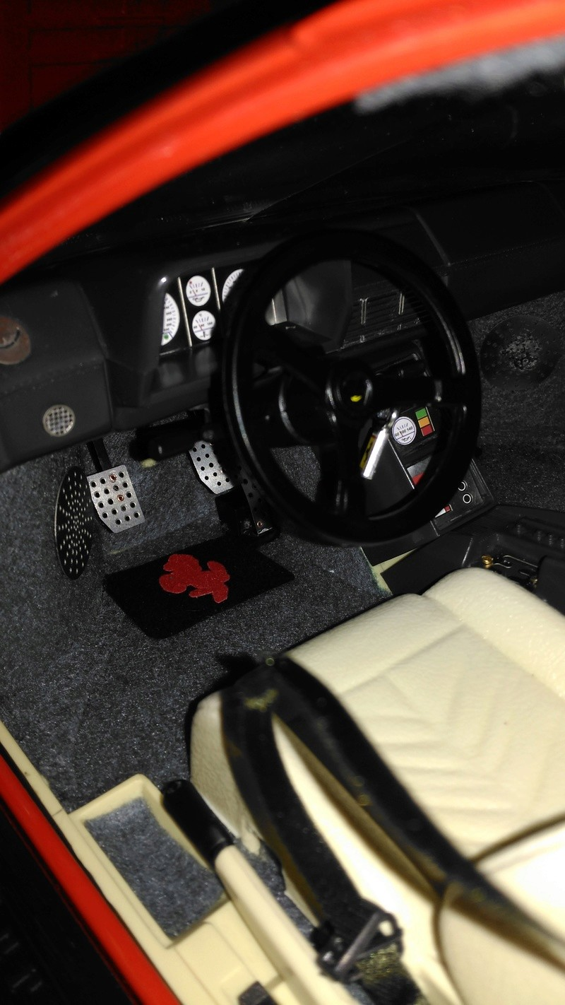 Pocher Ferrari 1:8 Testarossa K51 Img_2104