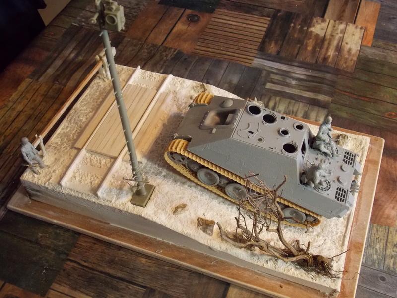 Jagdpanther early (DRAGO 1/35)+ fallschirmmjager  Dscn5812
