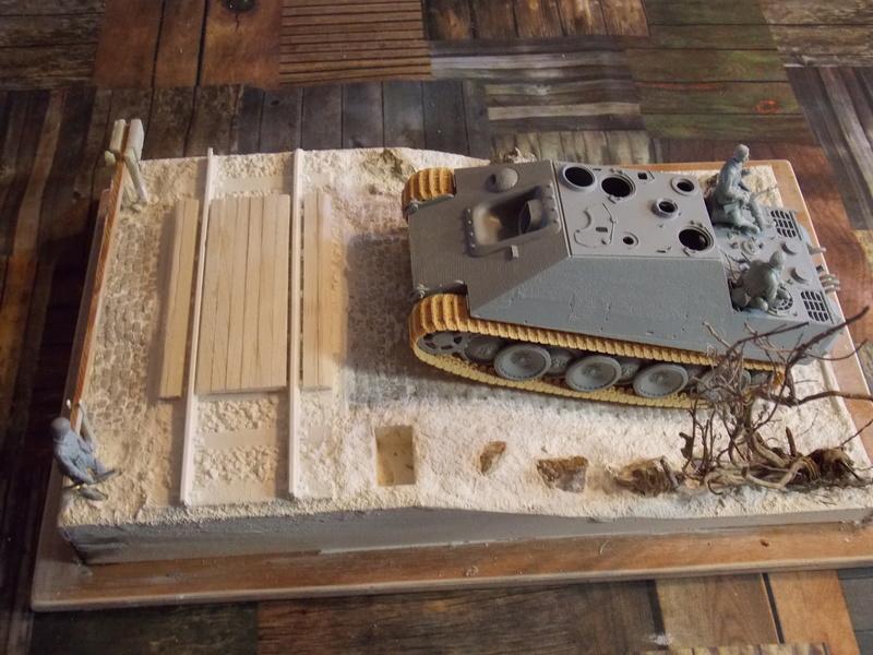 Jagdpanther early (DRAGO 1/35)+ fallschirmmjager  Dscn5813