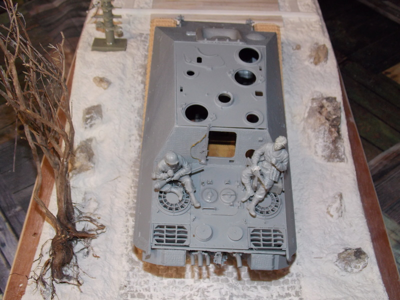 Jagdpanther early (DRAGO 1/35)+ fallschirmmjager  Dscn5815