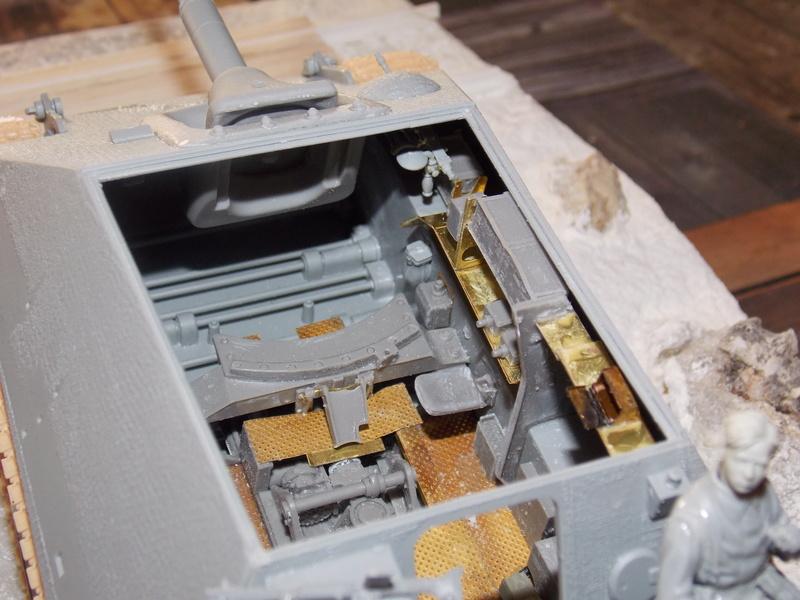 Jagdpanther early (DRAGO 1/35)+ fallschirmmjager  Dscn5833