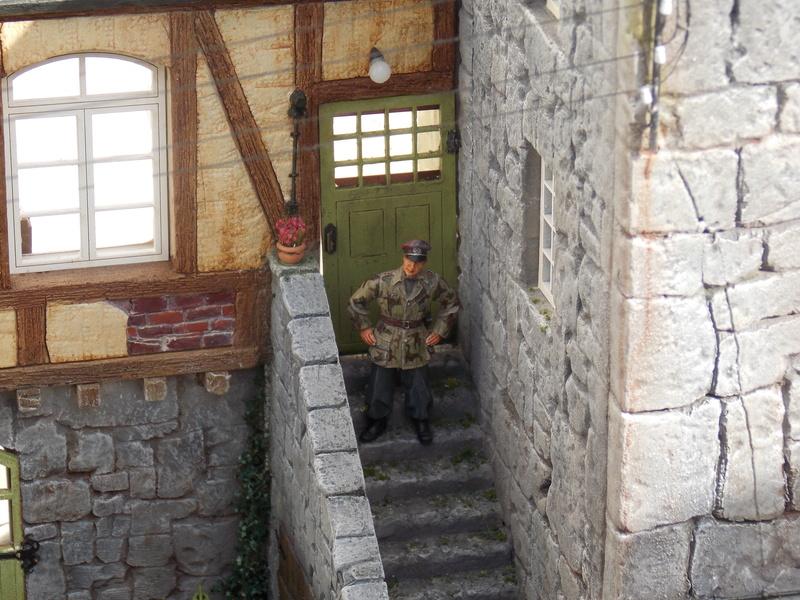 King Tiger à l'entretien Chateau de Chanteloup Aout 44       Projet terminé  - Page 6 Dscn5869
