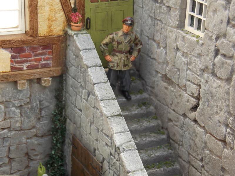 King Tiger à l'entretien Chateau de Chanteloup Aout 44       Projet terminé  - Page 6 Dscn5922