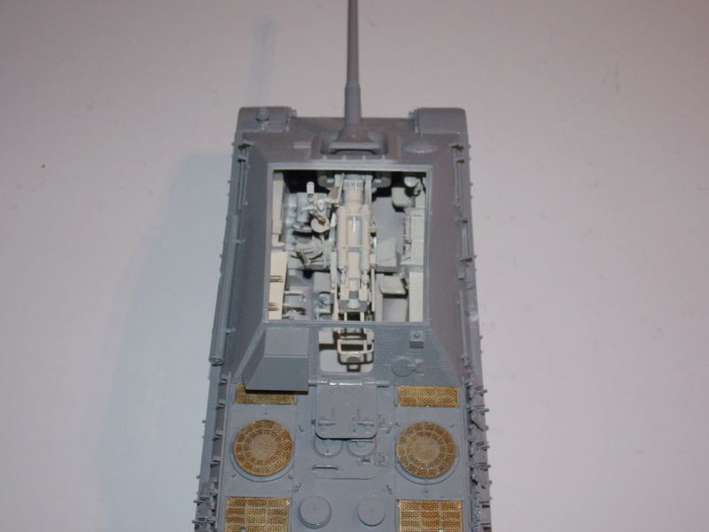 Jagdpanther early (DRAGO 1/35)+ fallschirmmjager  - Page 3 Dscn6106