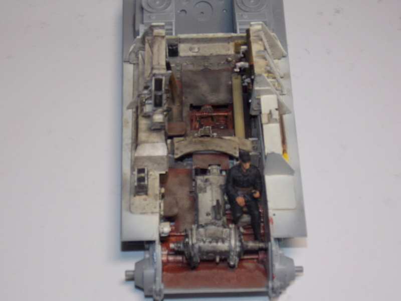 Jagdpanther early (DRAGO 1/35)+ fallschirmmjager  - Page 3 Dscn6173