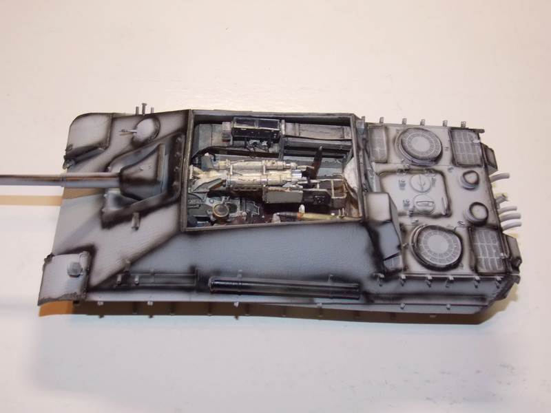 Jagdpanther early (DRAGO 1/35)+ fallschirmmjager  - Page 3 Dscn6175