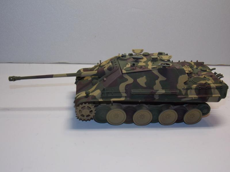 Jagdpanther, Fallschirmjäger et décor perso (Dragon 1/35) - Page 4 Dscn6214