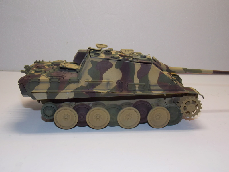 Jagdpanther early (DRAGO 1/35)+ fallschirmmjager  - Page 4 Dscn6217