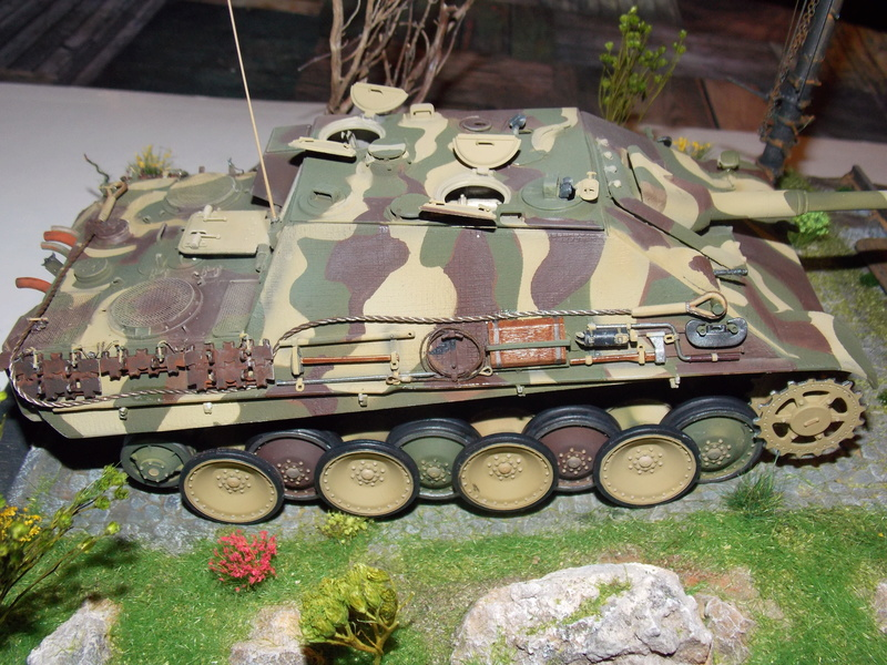 Jagdpanther early (DRAGO 1/35)+ fallschirmmjager  - Page 4 Dscn6239