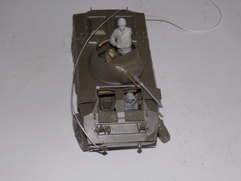M8 Greyhound TAMIYA avec intérieur Verlinden et décor PATROSS 1/35 Dscn6285
