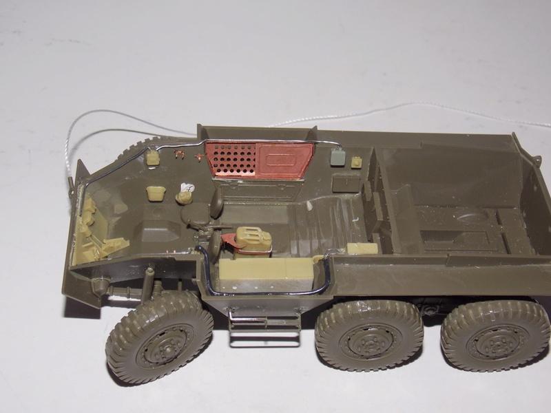 M8 Greyhound TAMIYA avec intérieur Verlinden et décor PATROSS 1/35 Dscn6293