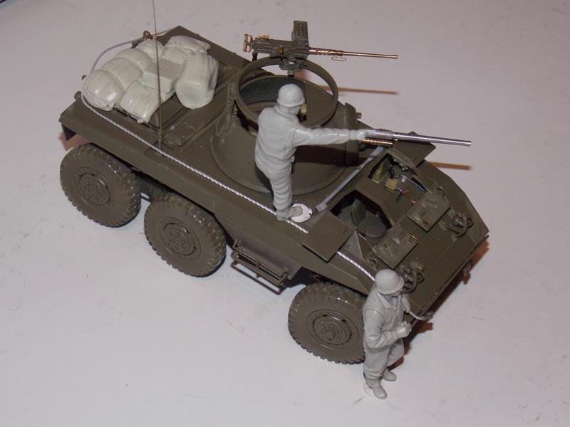 M8 Greyhound TAMIYA avec intérieur Verlinden et décor PATROSS 1/35 - Page 2 Dscn6309