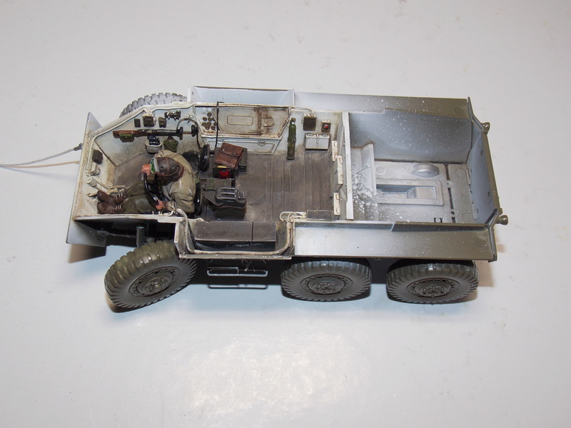 M8 Greyhound avec decor de PAT  Dscn6341