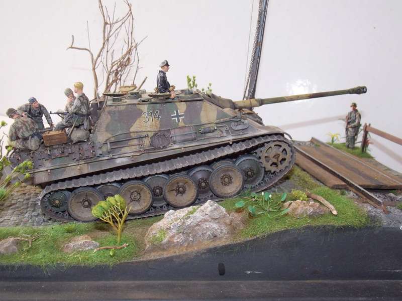 Jagdpanther early (DRAGO 1/35)+ fallschirmmjager  - Page 5 Dscn6389