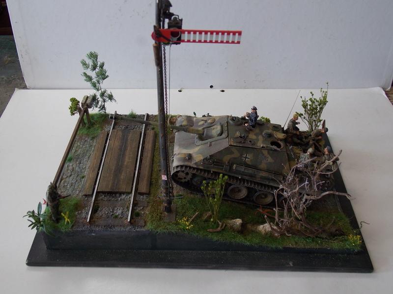 Jagdpanther, Fallschirmjäger et décor perso (Dragon 1/35) - Page 7 Dscn6430