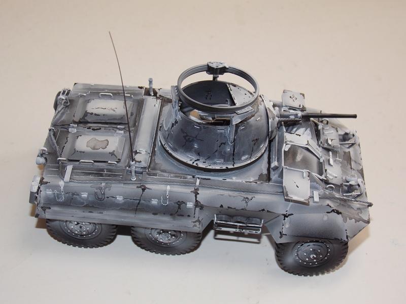 M8 Greyhound TAMIYA avec intérieur Verlinden et décor PATROSS 1/35 - Page 3 Dscn6432