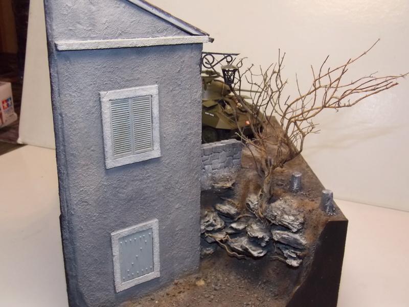 M8 Greyhound TAMIYA avec intérieur Verlinden et décor PATROSS 1/35 - Page 4 Dscn6458