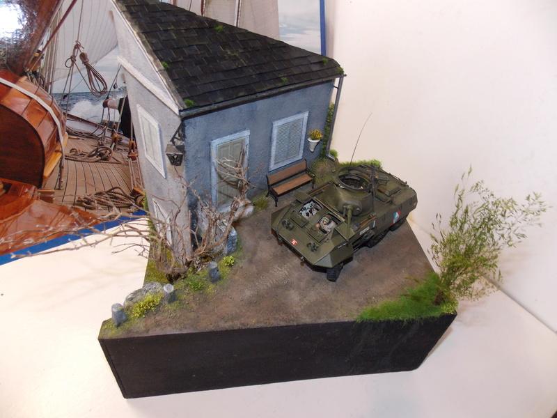 M8 Greyhound TAMIYA avec intérieur Verlinden et décor PATROSS 1/35 - Page 4 Dscn6466