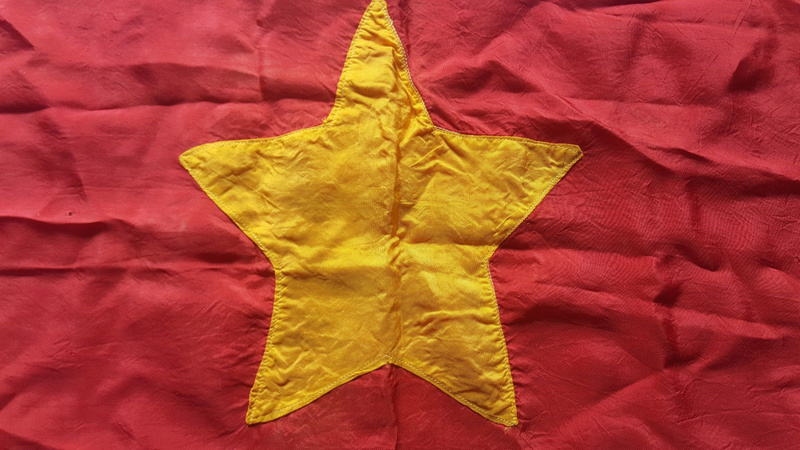 drapeau viet minh/ Indo à identifier S-l16012