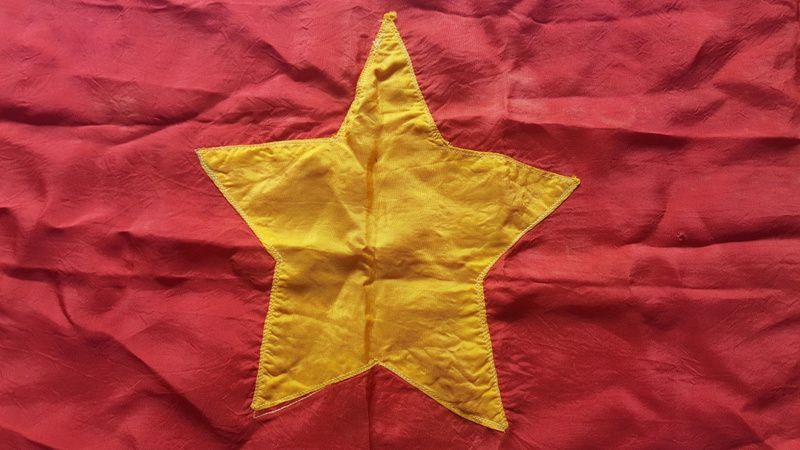 drapeau viet minh/ Indo à identifier S-l16013