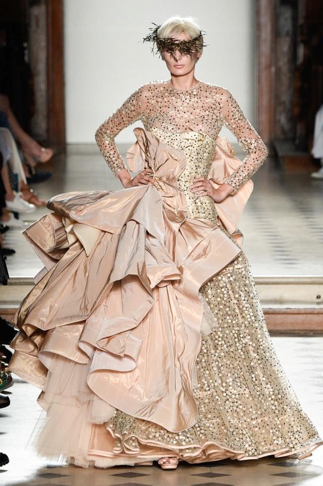 Marie-Antoinette et la Révolution dans la Mode  H_004311