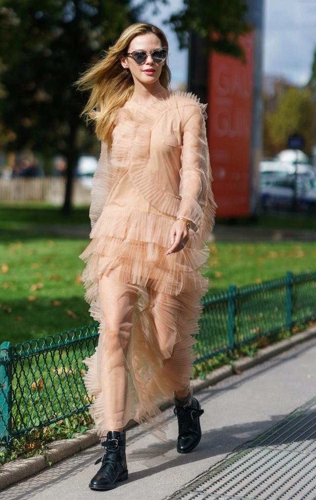 Marie-Antoinette et la Révolution dans la Mode  H_004510