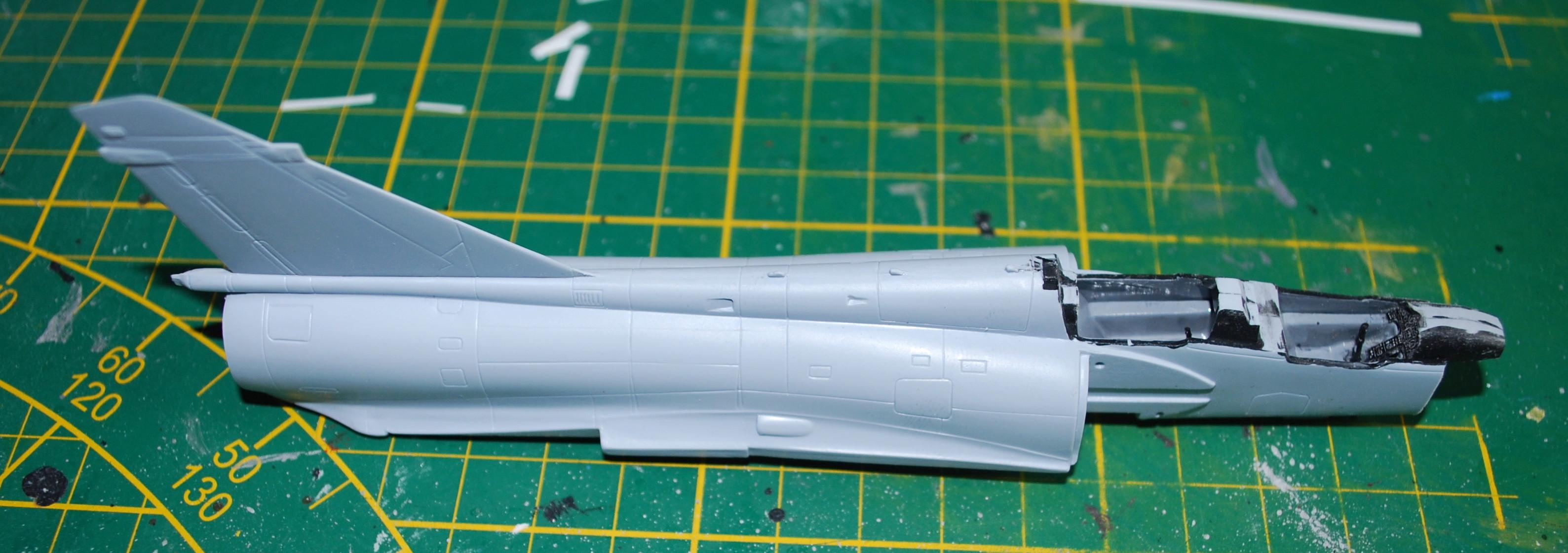 Mirage 2000B Banc d'essai Rafale 1/72 Heller/FFSMC 2017 2000b_15