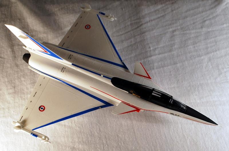 (Heller) Dassault Rafale A 1/72 Dsc_0030