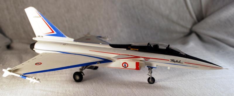 (Heller) Dassault Rafale A 1/72 Dsc_0031