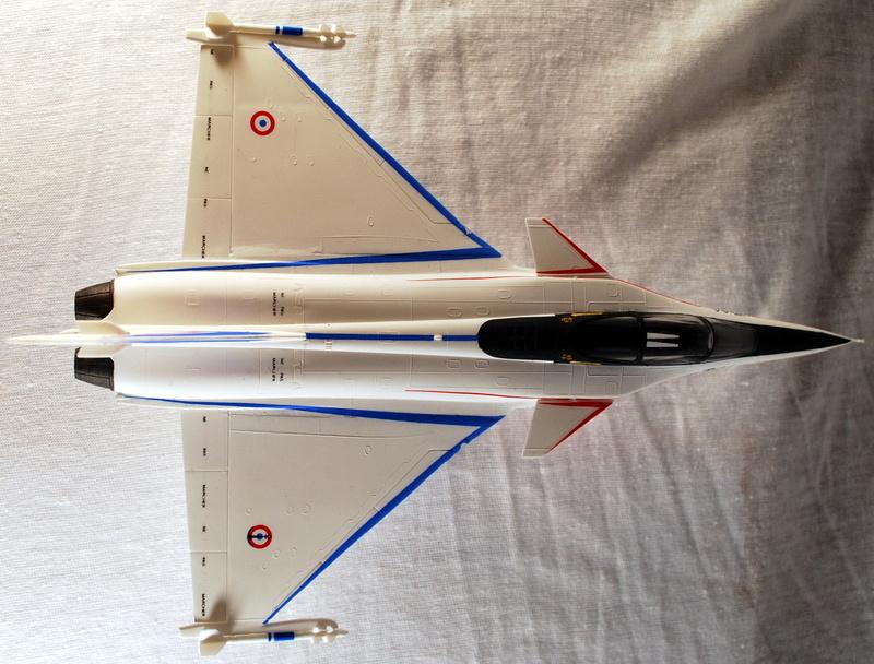 (Heller) Dassault Rafale A 1/72 Dsc_0032