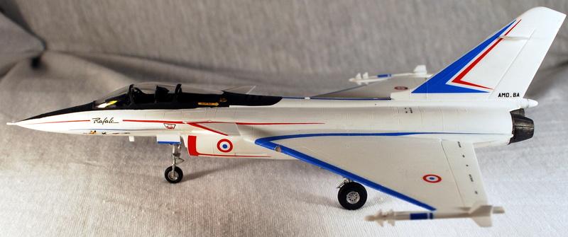 (Heller) Dassault Rafale A 1/72 Dsc_0033