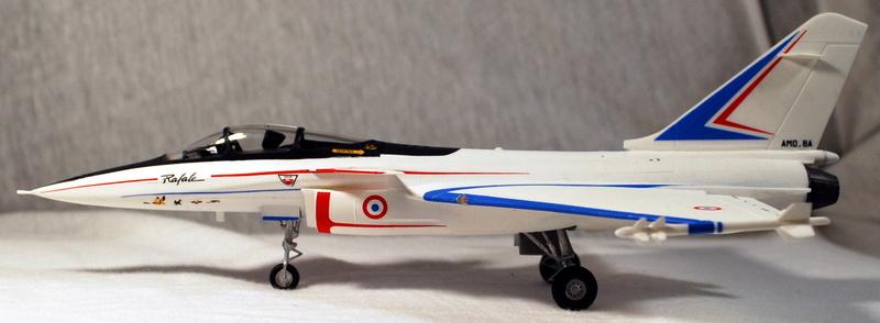(Heller) Dassault Rafale A 1/72 Dsc_0035