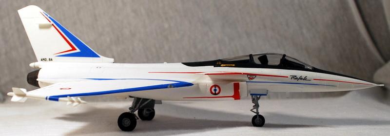 (Heller) Dassault Rafale A 1/72 Dsc_0037