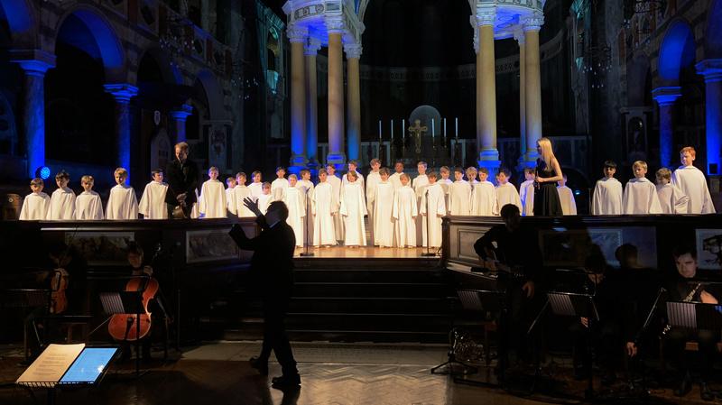 Concert à la cathédrale de Westminster (initialement St George's) le 1er décembre 2017 - Page 3 06ef4710