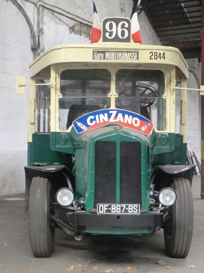 autobus parisien tn6 c2 1/24 heller  26_04_19