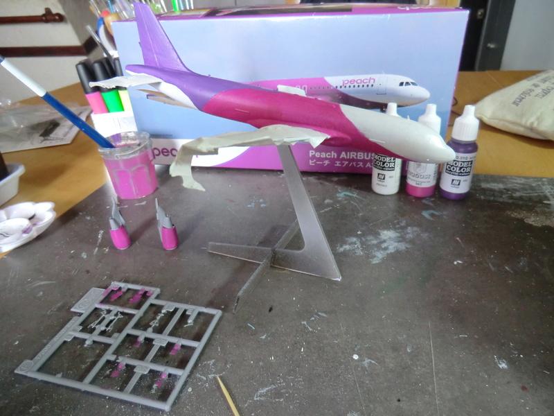 AIRBUS A-320 1/200  Hasegawa - Page 2 Airbus43