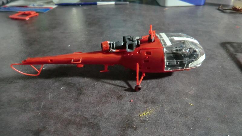 montage Alouette III sécurité civile Heller 1/72 - Page 2 Alouet45
