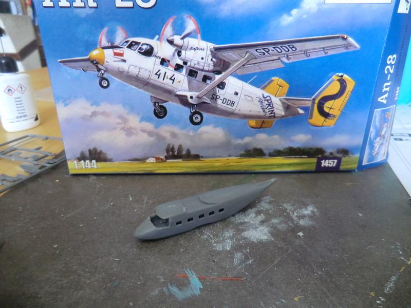 AN-28 Amodel 1/144 An-28_17