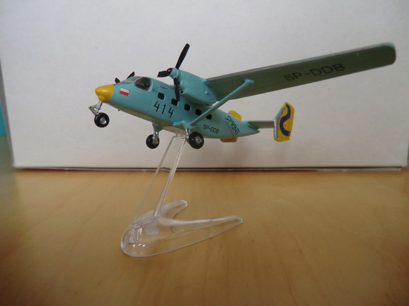 AN-28 Amodel 1/144 An-28_54