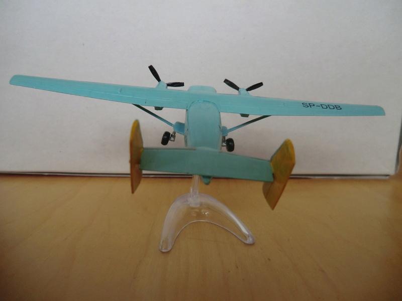 AN-28 Amodel 1/144 An-28_57