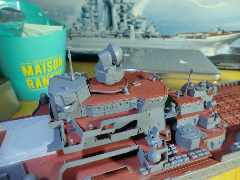 Croiseur Russe Admiral Ushakov 1/350 - Page 3 Crois121